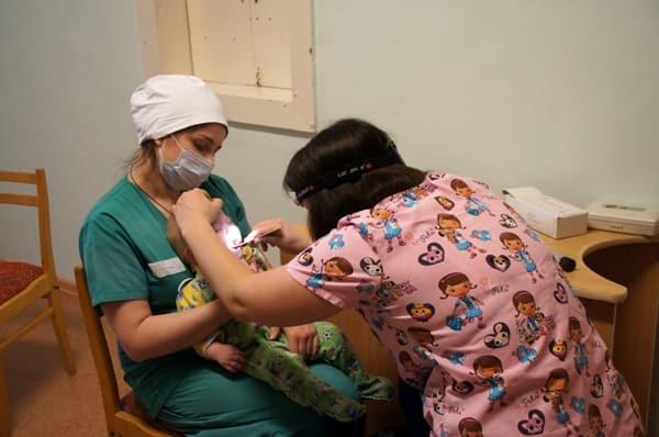 tВрачи-волонтеры, помощь больным детям